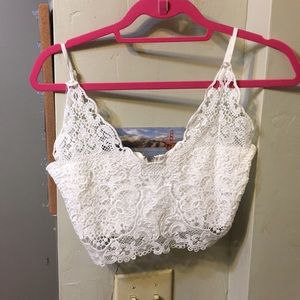 V neck lacy crop top / bralette